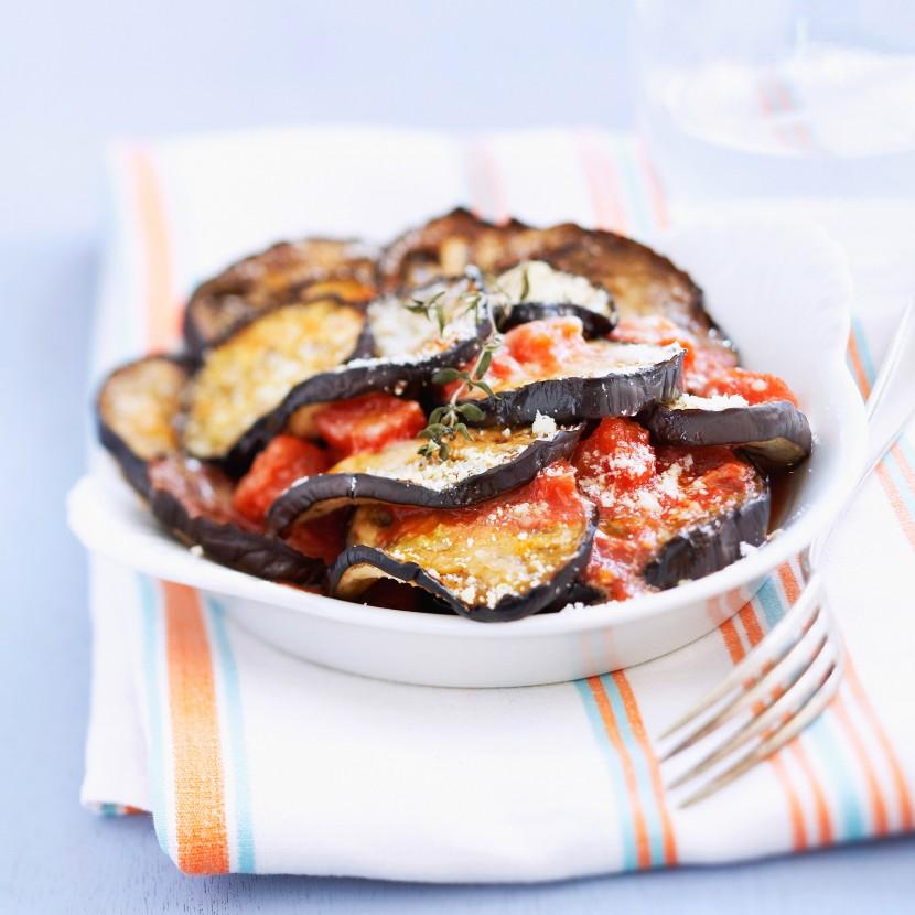 Gratin d'aubergines traditionnel à l'italienne
