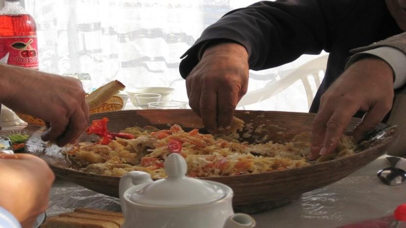 10 pratiques élémentaires en Islam à savoir lorsque l'on mange