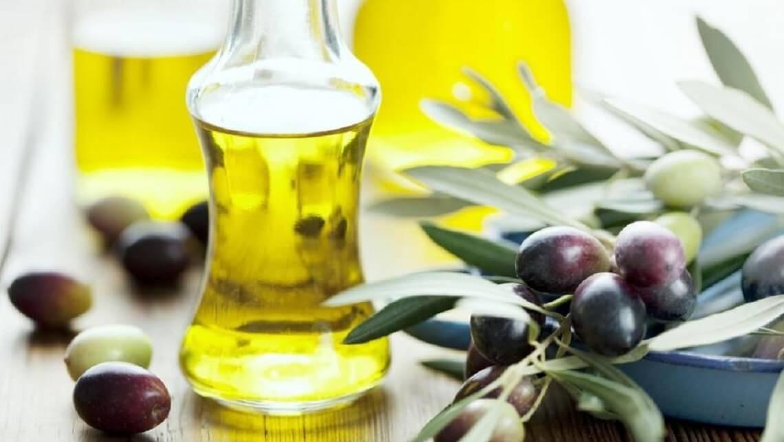 Redonnez vie et jeunesse à votre peau avec l'huile d'olive