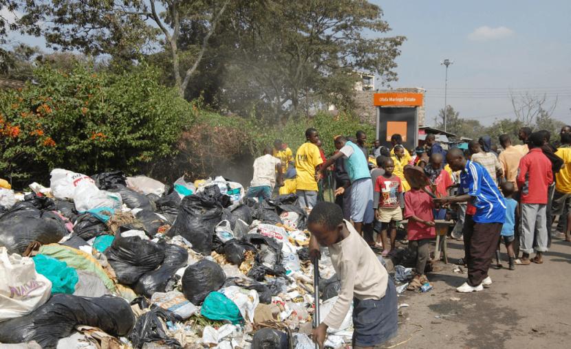 Déchets plastiques : la loi votée n'interdit pas tous les sachets plastiques