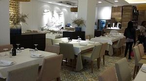 restaurant au bord de la mer
