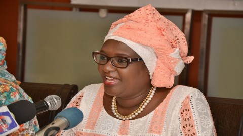 Mme Amy Fall, médecin et leader dans l'industrie pharmaceutique se bat pour l'Afrique