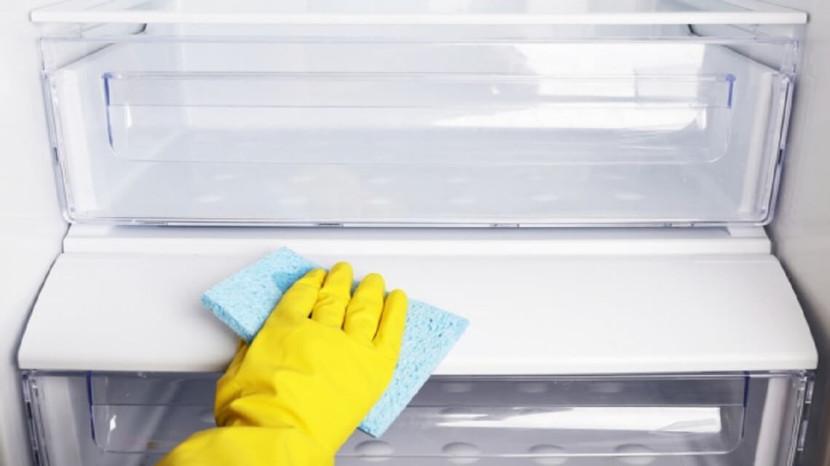 comment et quand nettoyer son frigo : le b.a ba