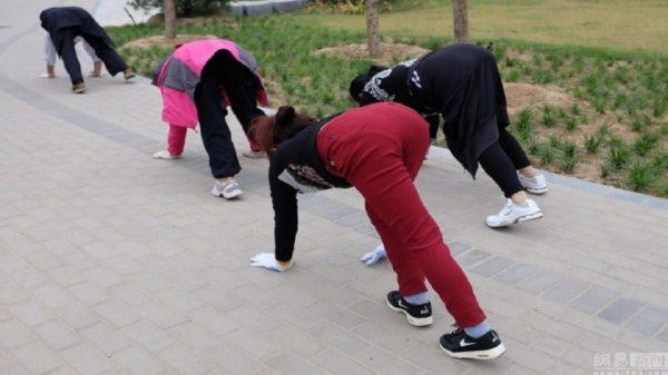 Nouvelle tendance fitness : eh bien rampez maintenant !