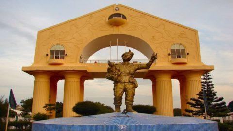 Gambie : Yaya, le despote borné… et roué, chronique de Babacar Justin Ndiaye