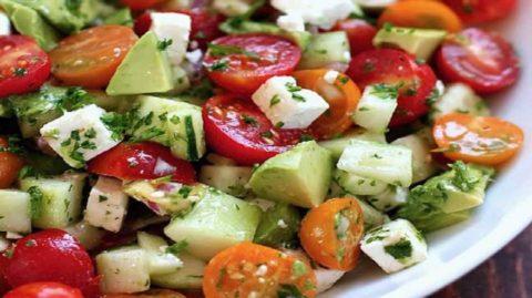 la recette de salade qui dégonfle le ventre et le rend plat…