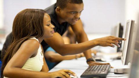 Les défis dingues des réseaux sociaux : nos ados sont-ils aussi en danger ?