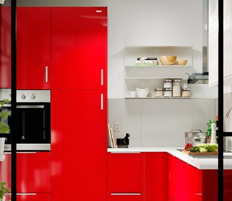 Avec quelle couleur casser une cuisine rouge ?