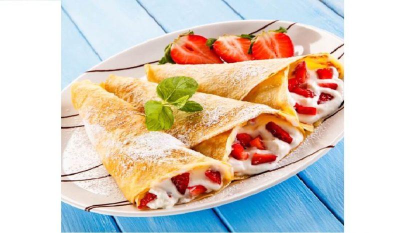 Goûter du dimanche – dégustez de succulentes crêpes aux fruits et à la crème chantilly !