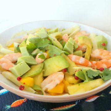 Une recette Fraîche, savoureuse et colorée... faites sans tarder une salade d'avocat et de mangue