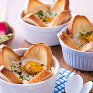Ce dimanche on brunch avec les œufs en tulipe croustillante.