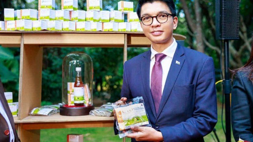 covid organics : pas encore validé par les médecins