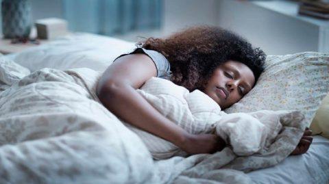 5 astuces imparables pour (enfin) réussir à se lever tôt le matin !